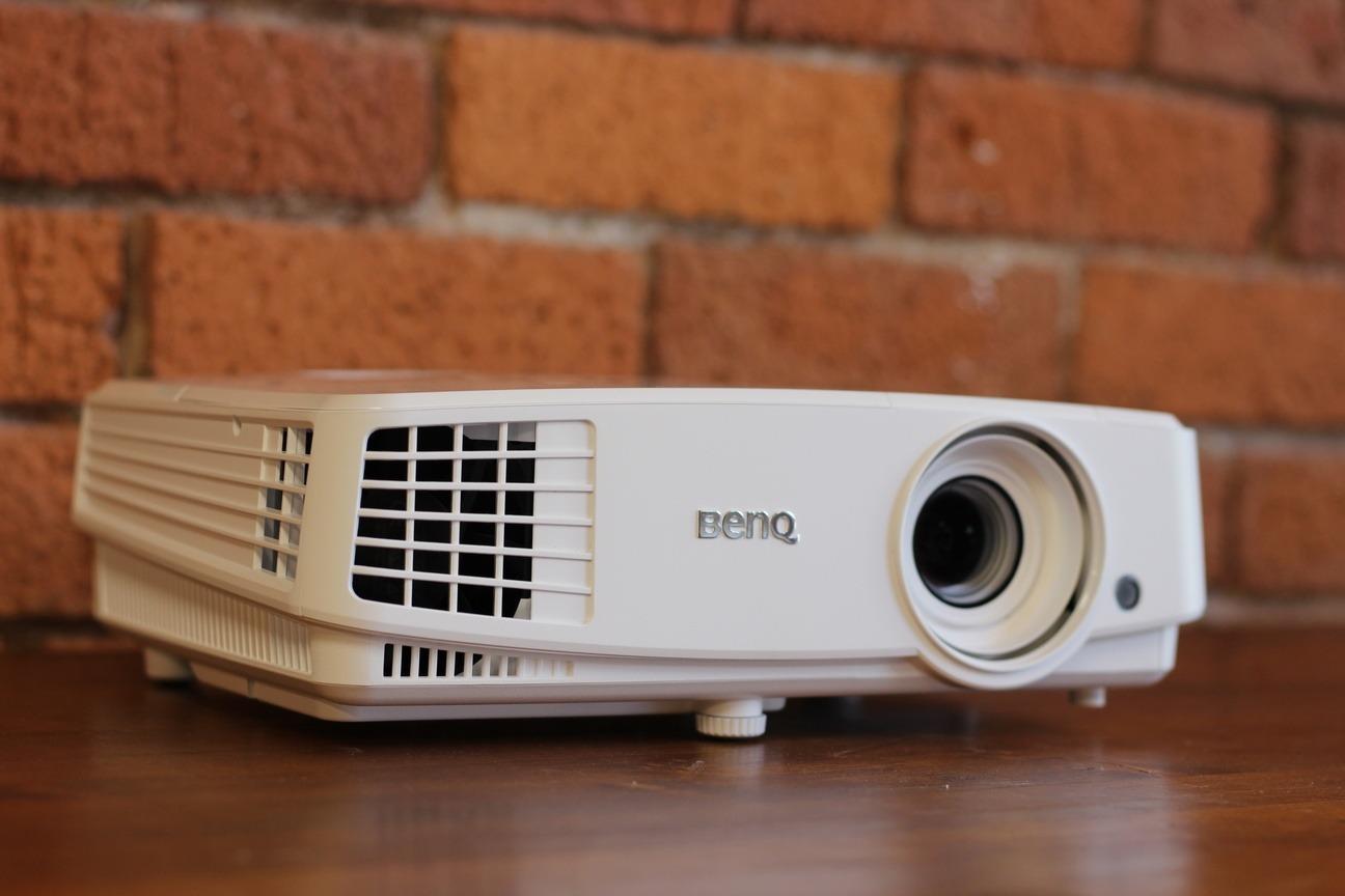 100+ 8mm Projectors For Rent – yasminroohi